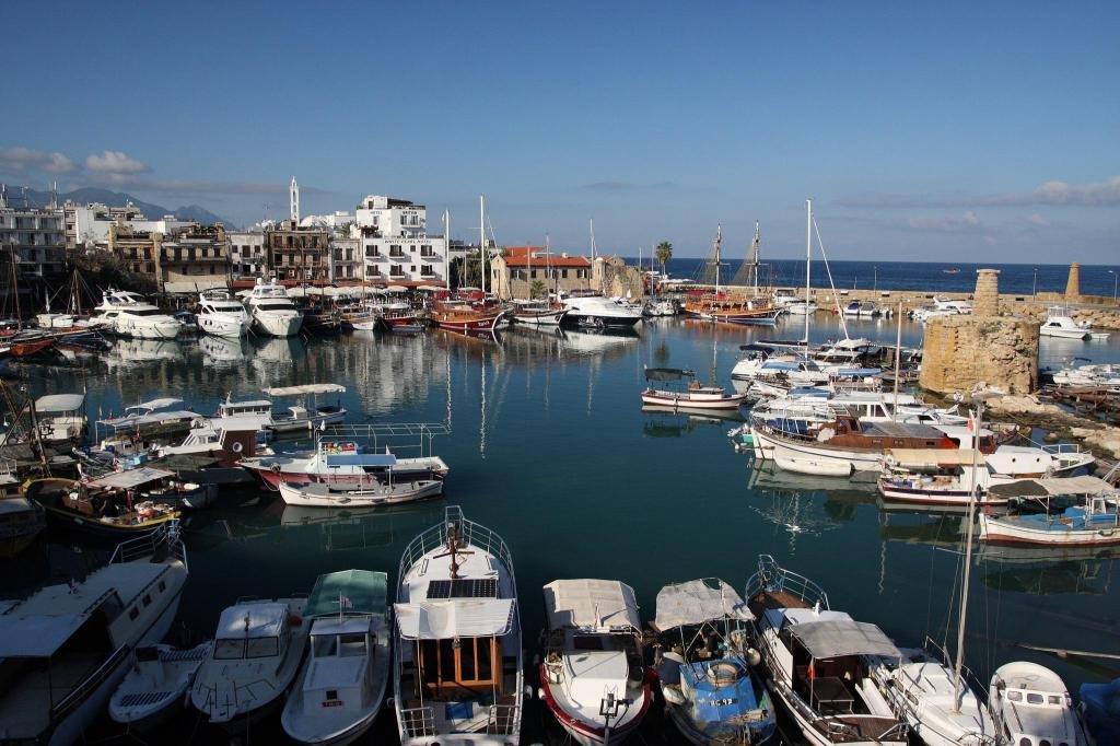 Температура воды на Кипре в сентябре