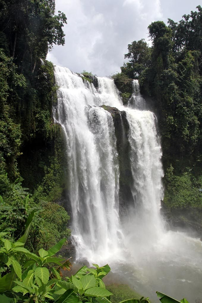 Водопад в Лаосе