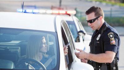 Штраф за превышение скорости движения автомобиля: ограничения скоростного режима, установленные ПДД, особенности привлечения к ответственности за превышение скорости