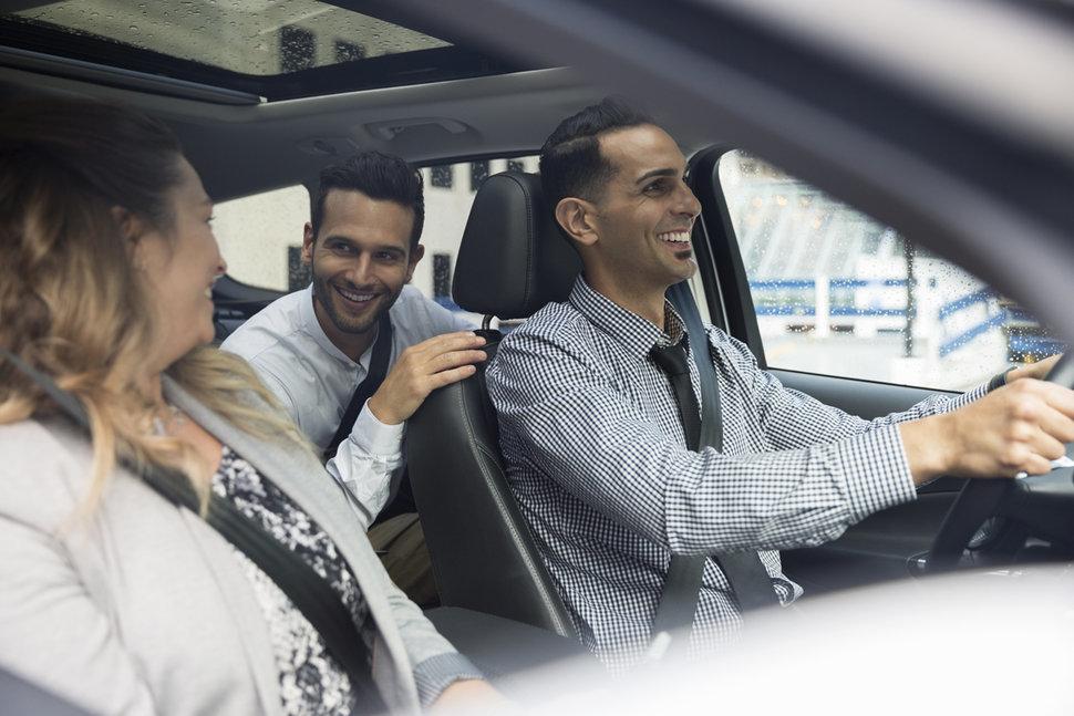 можно ли управлять автомобилем без доверенности